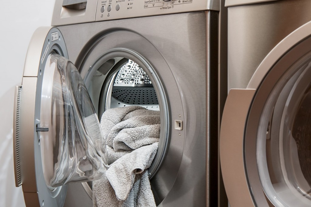 6 tips for cleaning your school washing machines